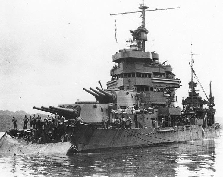 USS_Minneapolis_after_Tassafaronga.jpg