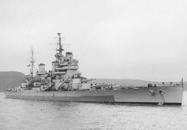 HMS_Anson_%2879%29_at_Devonport%2C_March