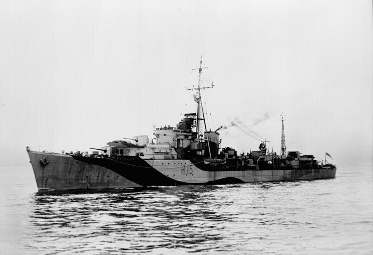 HMS_Raider_1942_IWM_FL_9760.jpg