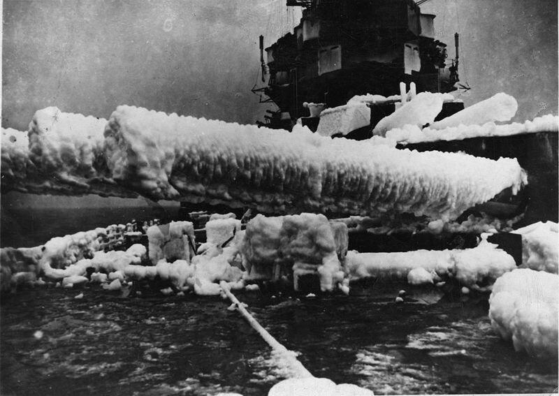 800px-HMS_Anson_circa_1941_Russian_Covoy