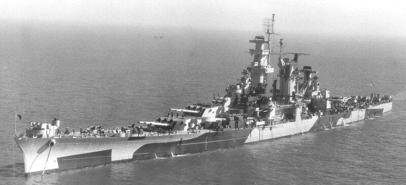 USS Alaska (CB-1) on November 13, 1944, in camouflage 32/1D, taken ...