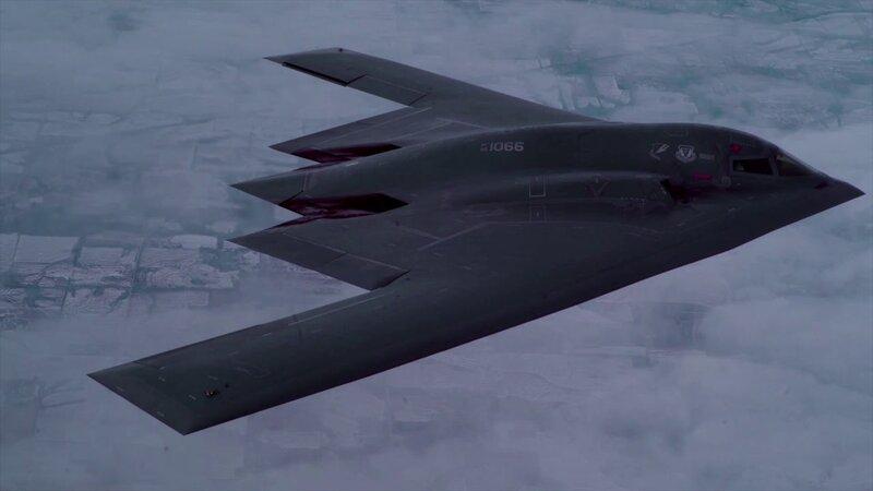 B-2 Spirit Bomber In Cruise - YouTube