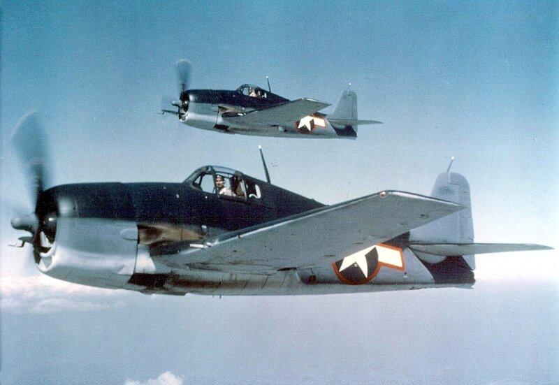 Hellcats_F6F-3,_May_1943.jpg