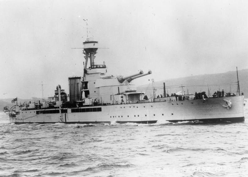 HMS_Terror_(I03).jpg