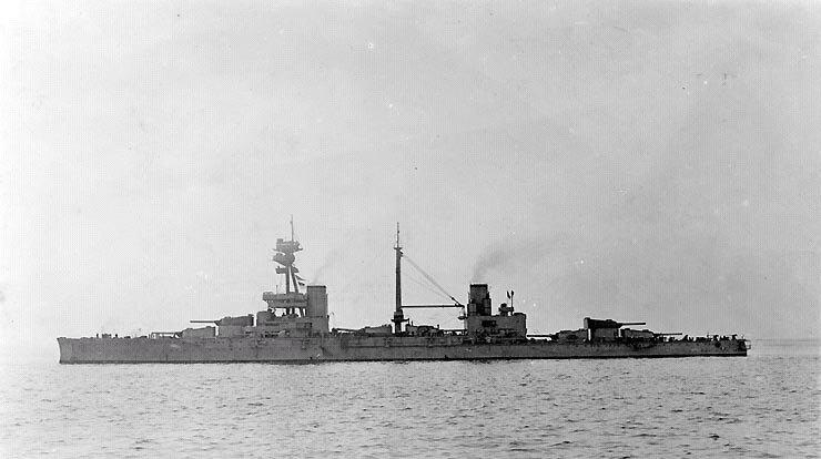 HMS_Agincourt_(1914).JPG