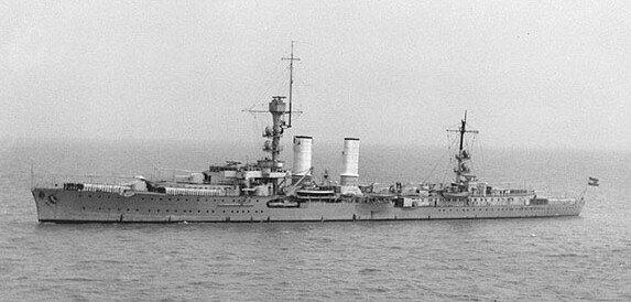 Light_Cruiser_Emden_in_China_1931_crop.j