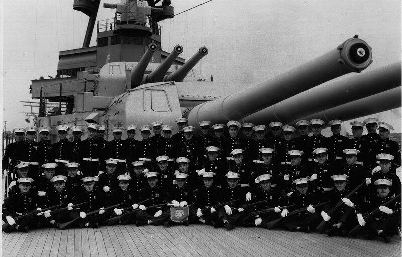 Marine_Detachment_aboard_the_USS_Augusta
