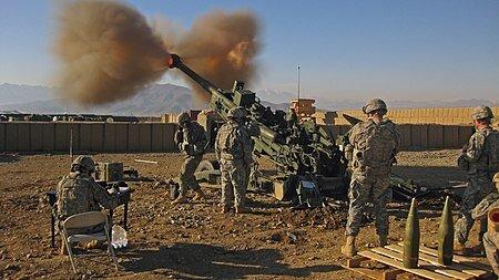 450px-M777_Light_Towed_Howitzer_1.jpg