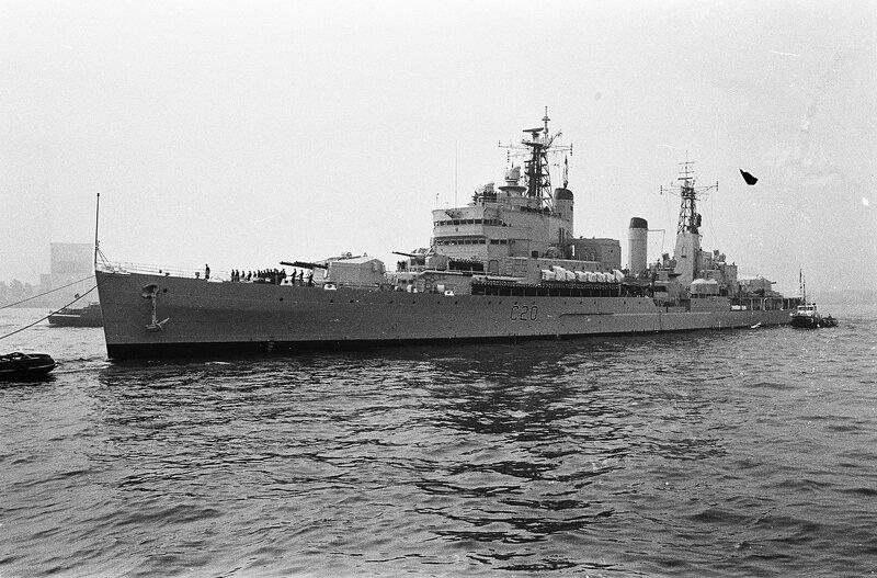 1920px-Engels_vlootbezoek_aan_Rotterdam_
