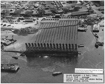 340px-NASPH_%5E120329-_8_Feb_1944._USS_U