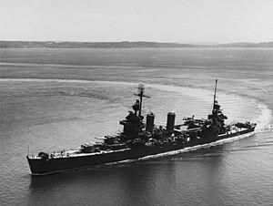 300px-USS_New_Orleans_(CA-32)_underway_i