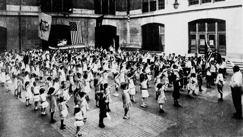 1920px-Bellamy_salute_1915.jpg