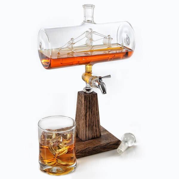 Ship-In-A-Bottle-Liquor-Decanter-1.jpg